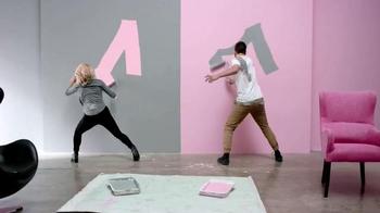 BEHR Marquee Paints TV Spot, 'Paint Off' - Thumbnail 8