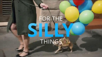 Chase Freedom TV Spot, 'Dog Costumes' Song by Vampire Weekend - Thumbnail 2