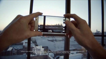 Samsung Galaxy S6 Edge TV Spot, 'Unboxing: First Impressions' - Thumbnail 5