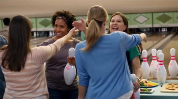 Weight Watchers TV Spot, 'Bowling' - Thumbnail 1