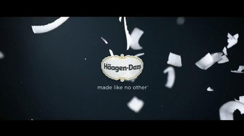 Häagen-Dazs Fruit Collection TV Spot, 'Peaches and Strawberries' - Thumbnail 8