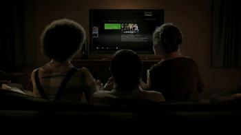 Hulu Plus TV Spot. 'Pizza Night' - Thumbnail 5