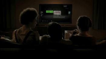 Hulu Plus TV Spot. 'Pizza Night' - Thumbnail 7