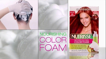Garnier Nutrisse Nourishing Color Foam TV Spot, 'Talk' Featuring Tina Fey - Thumbnail 10
