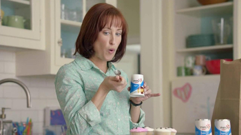 Yoplait Light TV Spot, 'Swapportunity: Cupcakes' - Thumbnail 9