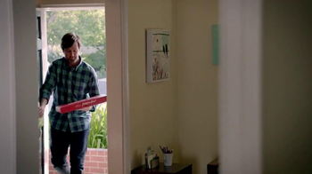 Pizza Hut $10 Any Dinner Box TV Spot, 'Living on a Budget' - Thumbnail 2