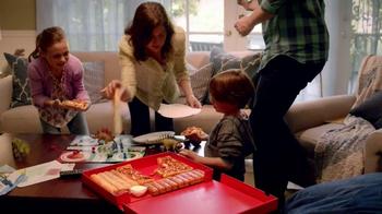 Pizza Hut $10 Any Dinner Box TV Spot, 'Living on a Budget' - Thumbnail 5