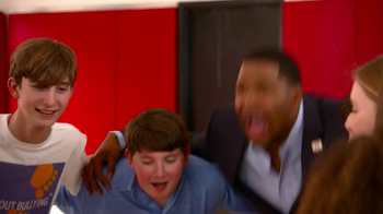 Fox Supports TV Spot, 'Bullying' Featuring Michael Strahan and Eddie George - Thumbnail 10