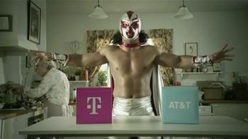 T-Mobile TV Spot, 'La Elección es Simple' [Spanish] - Thumbnail 2