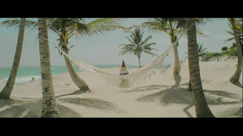 Travelocity TV Spot, 'Hammock' - Thumbnail 7