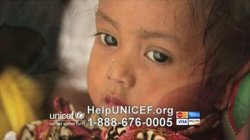 UNICEF TV Spot, 'What Would You Do?' Featuring Alyssa Milano - Thumbnail 4