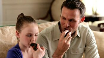 Edible Arrangements Dad's Day Indulgence Box TV Spot, 'Father's Day'
