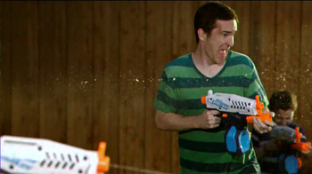 Nerf Super Soaker TV Spot, 'Delivery' - Thumbnail 7