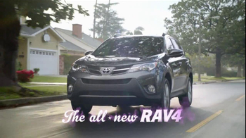 Toyota RAV4 TV Spot, 'Baby Translator' Ft. Kaley Cuoco, Song by Skee-Lo - Thumbnail 10