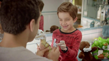 Gillette TV Spot, 'Father's Day' - Thumbnail 7