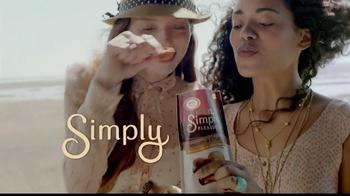 Hershey's Simple Pleasures TV Spot, '30% Less Fat' - Thumbnail 4