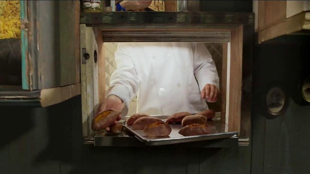 Cracker Barrel Country Dinner Plates TV Spot - iSpot.tv