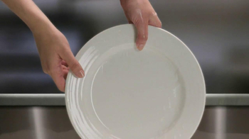 Palmolive Soft Touch TV Spot, 'Hand Models' - Thumbnail 7