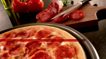 Pizza Hut 55th Anniversary TV Spot, '$5.55 Deal' - Thumbnail 5