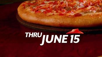 Pizza Hut 55th Anniversary TV Spot, '$5.55 Deal' - Thumbnail 8