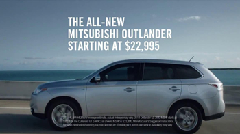 2014 Mitsubishi Outlander TV Spot, 'Someplace New' - Thumbnail 8