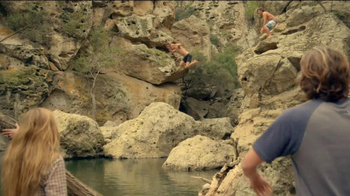 Cerveza Pacifico Clara TV Spot, 'Adventures' Song by High Highs - Thumbnail 5