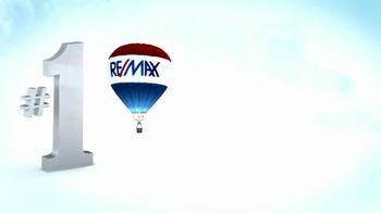 RE/MAX TV Spot, 'Perfect Fit' - Thumbnail 9