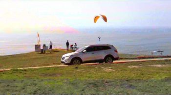 Hyundai Santa Fe TV Spot, 'Wolf Family in California' - Thumbnail 5