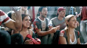 Coors Light TV Spot, 'La Cancha' [Spanish] - Thumbnail 2