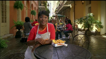 Popeyes Garlic Pepper Wicked Chick'n TV Spot - Thumbnail 6