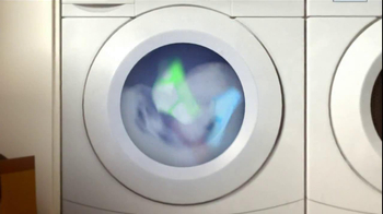 Charmin Ultra Strong TV Spot,' Laundry' - Thumbnail 1