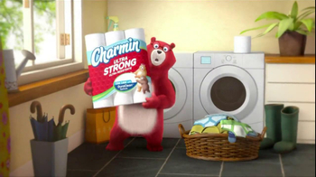 Charmin Ultra Strong TV Spot,' Laundry' - Thumbnail 8