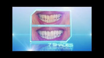 Spraywhite 90 TV Spot, 'Whiter, Brighter, Sexier Smile' - Thumbnail 5
