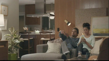 Samsung Galaxy S4 TV Spot, 'Friday Night' - Thumbnail 1