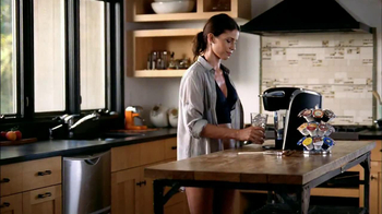 Keurig TV Spot, 'Hot or Over Ice' - Thumbnail 2