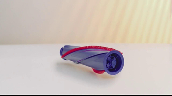 Dyson DC50 TV Spot, 'Little Vacuum, Big Performance' - Thumbnail 4