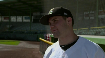 Wahl Home Products Lithium Ion Shaver TV Spot, 'Baseball Team' - Thumbnail 9