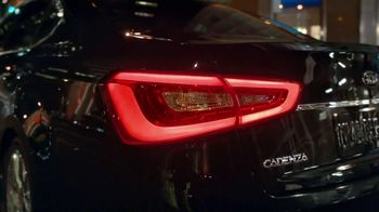 Kia Cadenza TV Spot, 'Luxury Features' Song by David Bowie - Thumbnail 3