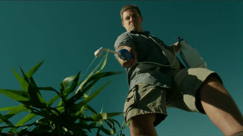 Roundup Weed & Grass Killer TV Spot, 'Sharp Shooter' - Thumbnail 5
