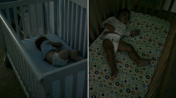 Huggies Snug & Dry TV Spot, 'Busy Sleepers' - Thumbnail 7