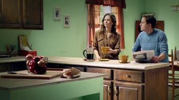 Rust-Oleum Transformations TV Spot, 'Old Kitchen, New Idea' - Thumbnail 1