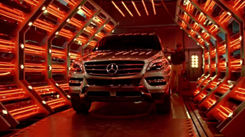 2014 Mercedes-Benz E350 Sport TV Spot, 'Heat on the Track'