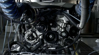 2014 Mercedes-Benz E350 Sport TV Spot, 'Heat on the Track' - Thumbnail 4