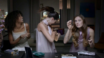 Dove Daily Moisture TV Spot, 'Dry Hair' - Thumbnail 5