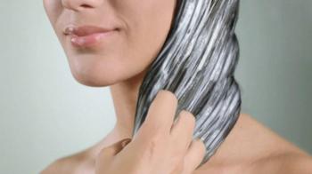 Dove Daily Moisture TV Spot, 'Dry Hair' - Thumbnail 8