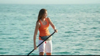 One A Day Women's Pro Edge TV Spot, 'Beach' - Thumbnail 7