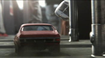 DIRECTV TV Spot, 'Chase' Song by AC/DC - Thumbnail 5