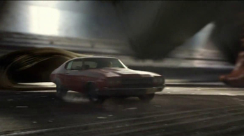 DIRECTV TV Spot, 'Chase' Song by AC/DC - Thumbnail 7