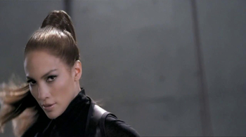 L'Oreal Triple Resist TV Spot Featuring Jennifer Lopez - Thumbnail 2