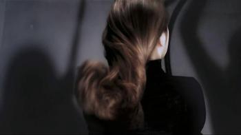 L'Oreal Triple Resist TV Spot Featuring Jennifer Lopez - Thumbnail 7